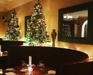 christmas eve at the comfy duck restaurant